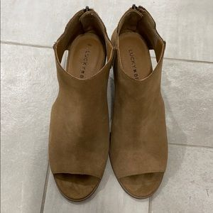 Peep toe and sides Lucky brand booties